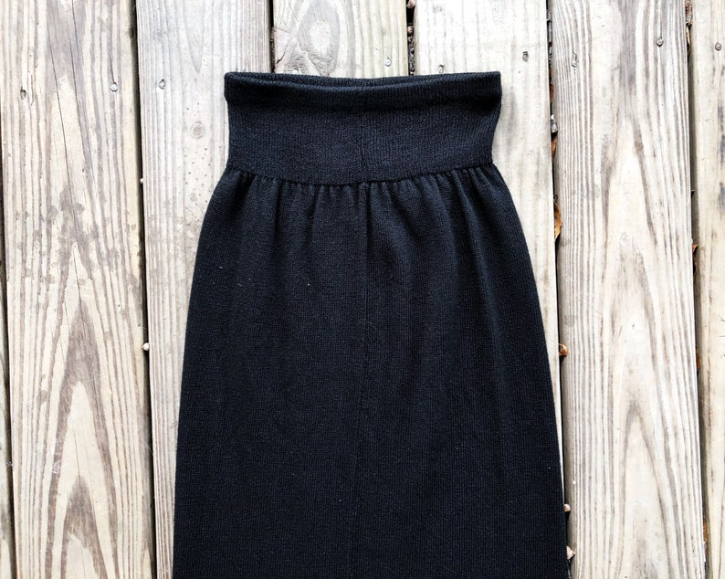 Vintage 80s 90s High Waisted Black Knit Tea Length Skirt XS