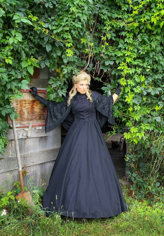 Victorian Dresses, Clothing: Patterns, Costumes, Custom Dresses Helena Halloween Steampunk Dress $199.95 AT vintagedancer.com