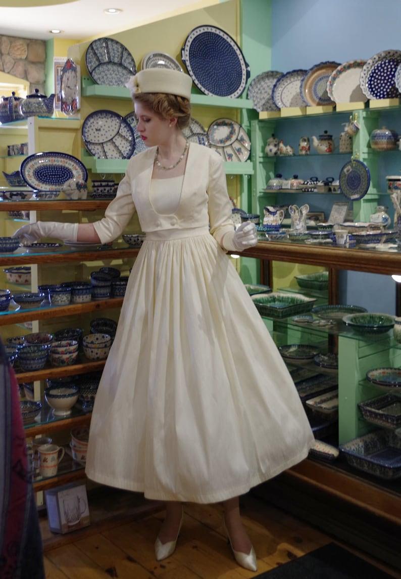 50s Wedding Dress, 1950s Style Wedding Dresses, Rockabilly Weddings     Read the full title    Jackie Dupioni Retro 1950s Dress Suit $229.95 AT vintagedancer.com