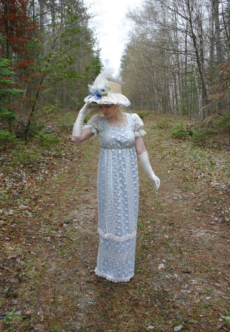 Masquerade Ball Clothing: Masks, Gowns, Tuxedos Angel Regency Era Lace Dress $175.96 AT vintagedancer.com