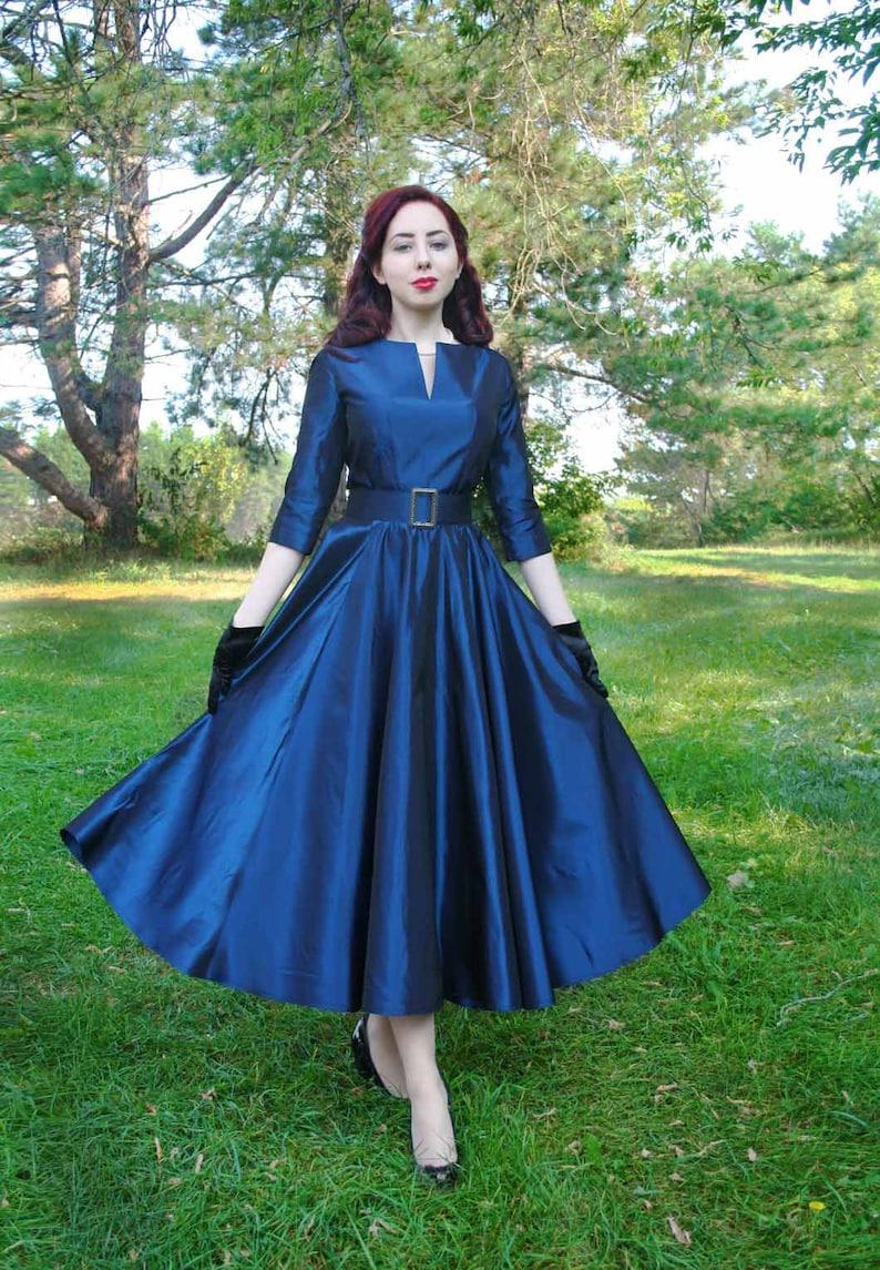 1950s Style Clothing & Fashion     Read the full title    120950-1 Loretta Retro 1950s Dress $199.95 AT vintagedancer.com