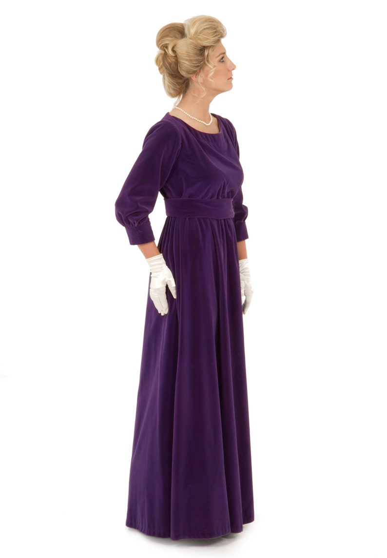 Old Fashioned Dresses | Old Dress Styles Glynn Velvet Edwardian Dress $159.96 AT vintagedancer.com