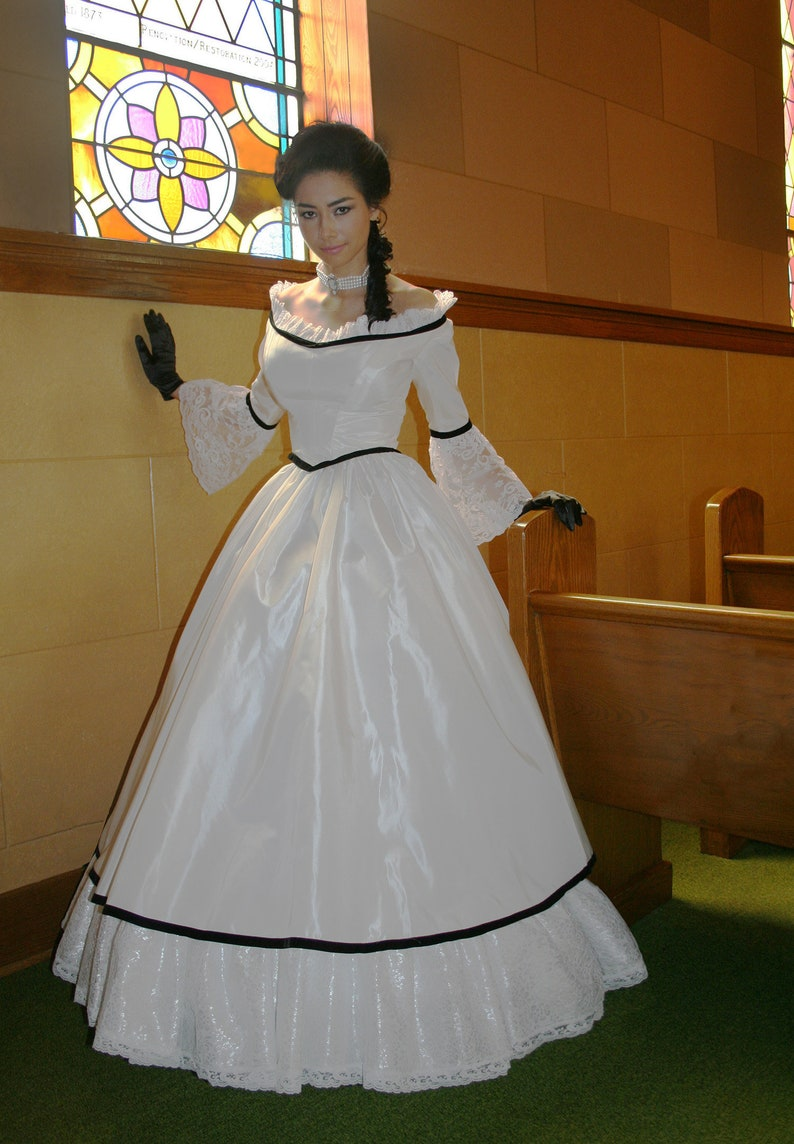 Old Fashioned Dresses | Old Dress Styles Carolina Civil War Gown $339.95 AT vintagedancer.com