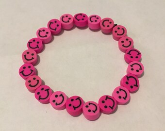 Smiley face stretch bracelet *assorted colors*