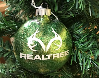 Holiday Christmas Tree Ornament Realtree Deer Hunter