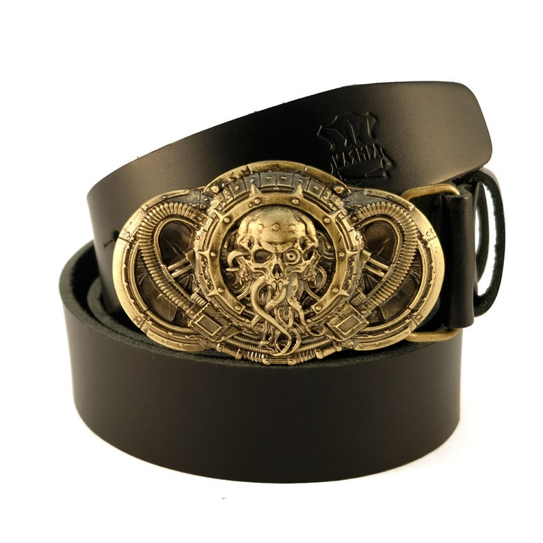 8a0274618 Leather belt with brass buckle