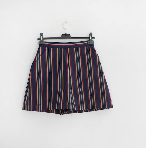 BYBLOS 90s Short Pants Pajama Striped print - image 4