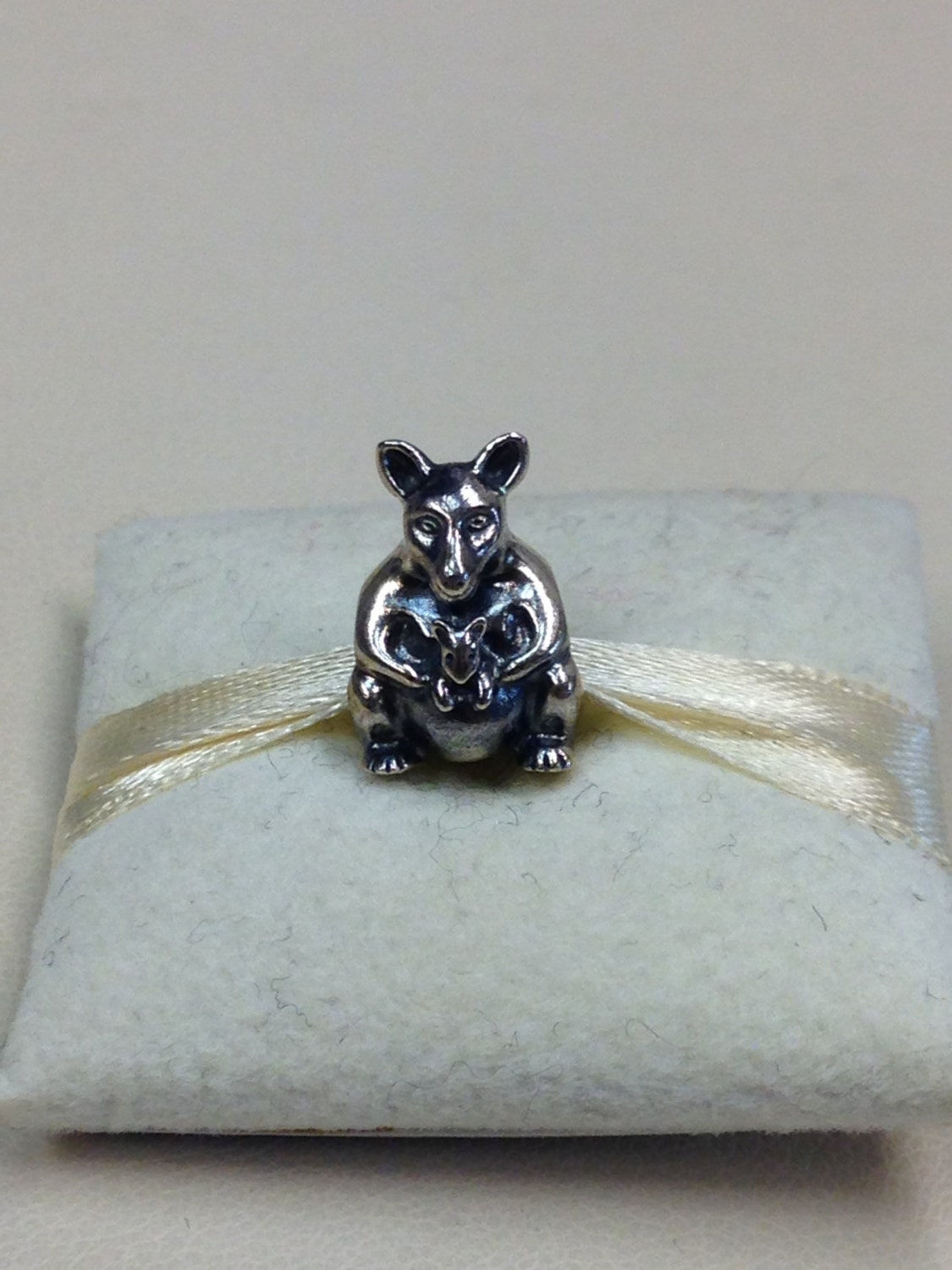 be0e0920c Authentic Pandora Silver Kangaroo With Baby Charm 790534 | Etsy
