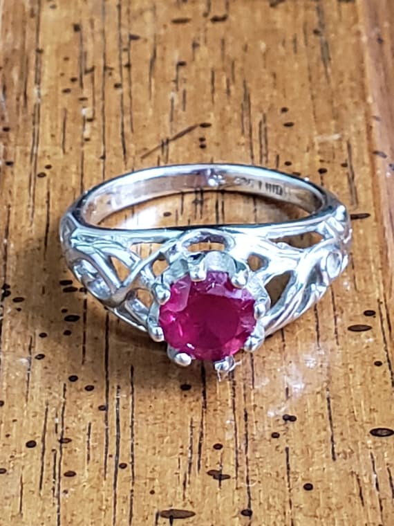 Sterling Silver Ring With Ruby - 925 Lind Sterlin… - image 3