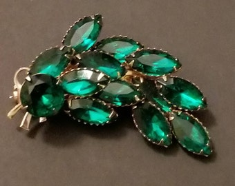 Vintage Green Brooch / Glass Stones /