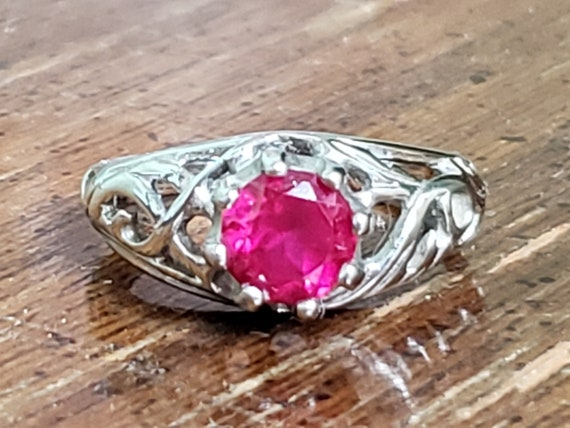 Sterling Silver Ring With Ruby - 925 Lind Sterlin… - image 1
