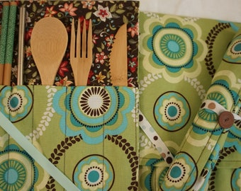 Green and Blue Flowers-Crafty Cutlery Kit Bamboo Utensils, Stainless Steel Straw & Napkin