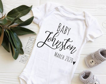 Pregnancy Baby Announcement Personalised Name Feather Arrow Grow Vest BodySuit