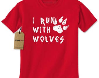 I Run With Wolves Mens T-shirt