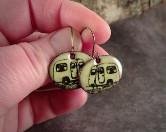 Yellow enamel on copper earrings. Caravan. Jewel inspired by nature and camping. Shaped oval. Titanium earwires