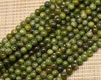 10 pearls 8mm Green quartz