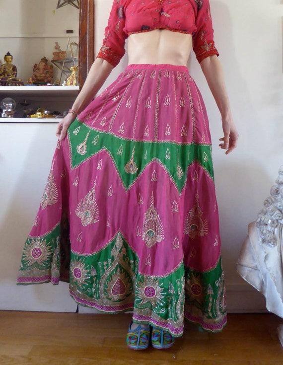 Vintage indian skirt lehenga hippie india embroide