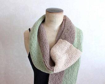 Grande écharpe tricotée Grosse écharpe tricolore Foulards tricoté à la main  Echarpe d hiver très chaude Cadeau de Noël Cadeau pour lui 40d6f7df847
