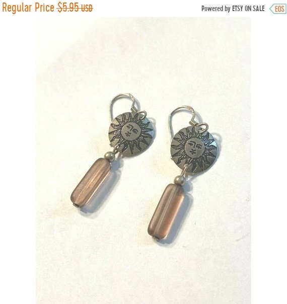 New Cool Bronze Statement Metal Contemporary Modern Dangle Hands Lady Earrings