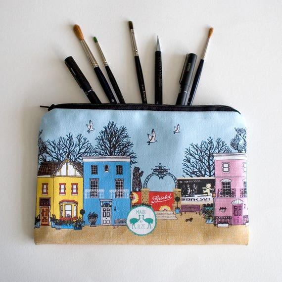 Étui à crayons grand amour Bristol coloré