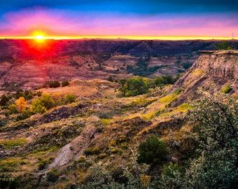 North Dakota Badlands, Nature Photography Decor, Unique Nature, Colorful Landscape, Sunrise Photos, Natural Landscape, Badlands Photography