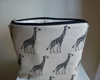 Large Giraffe Make up Bag, Giraffe Make up Bag, Giraffe Cosmetics Bag, Animal Make up Bag, Zoo Animal Cosmetics Bag, Giraffe Purse, Giraffes