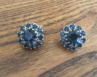 Vintage Montana Blue Rhinestone Earrings 0910