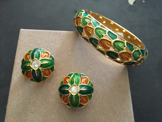 Vintage Joan Rivers Green, Orange and Gold Toned F
