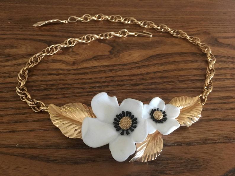 Louis Feraud Paris for Avon Blossoms of Spring Necklace 1202