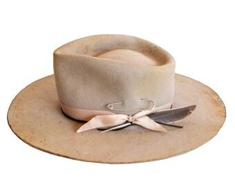NUIT BLANCHE - wool / rabbit felt fedora - vitage look distressed hat