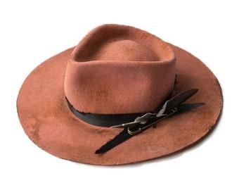 REVES ROSES - wool / rabbit felt fedora - vitage look distressed hat