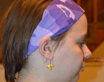 Wide purple camouflage elastic headband