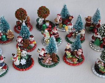 Christmas Miniature Figurine Scenes