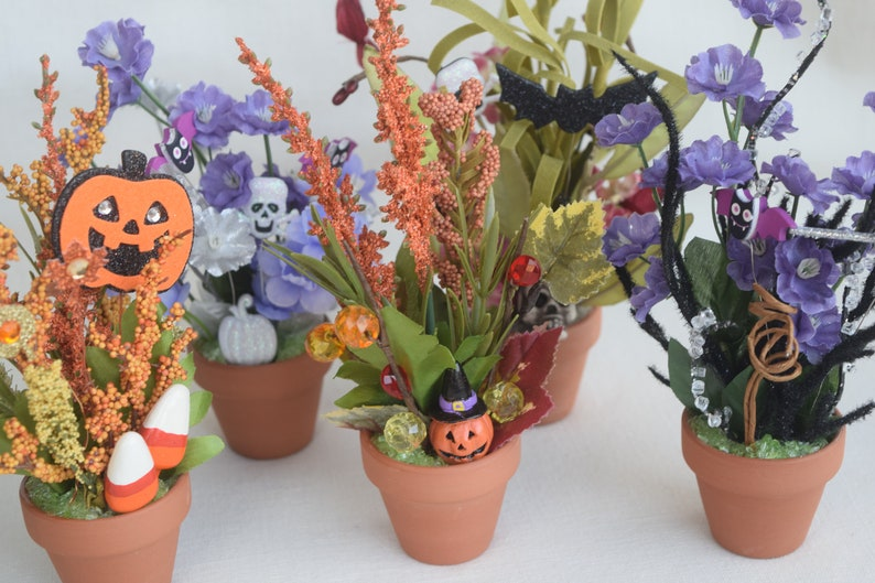 image 0 ... & Glow In The Dark Halloween Miniature And Small Flower Pots | Etsy