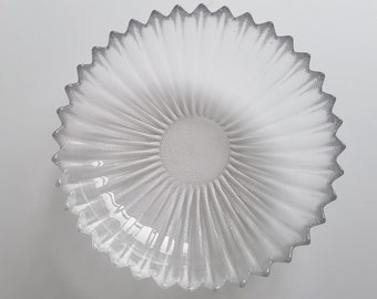 Vintage Textured Glass Fruit bowl / Serving Bowl - 1970's/80's. Fan Ridge Relief Shape in lovely condition. Pressed glass 29cm diameter.