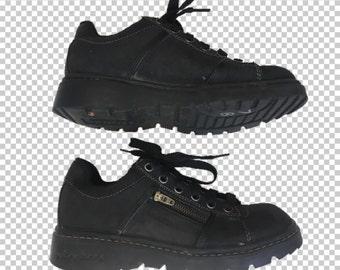 87657ac0ca1 Sz 6.5 Skechers Zipper 90s Platform Chunky Creeper Sneakers    1990s Black  Platform Leather Sneakers Y2K Jammers Style Women s Size 6.5