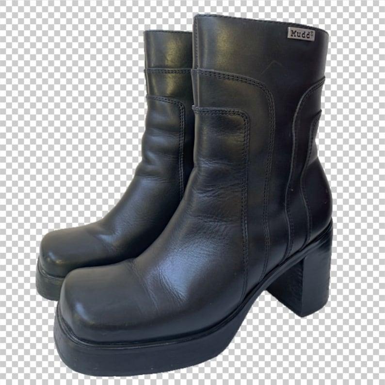 520e345c325 Sz 8 MUDD Chunky Platform Leather Boots // 90s Y2K Hacker Bratz Aesthetic  Booties // Sleek Black Short Boots US Women's Size 8