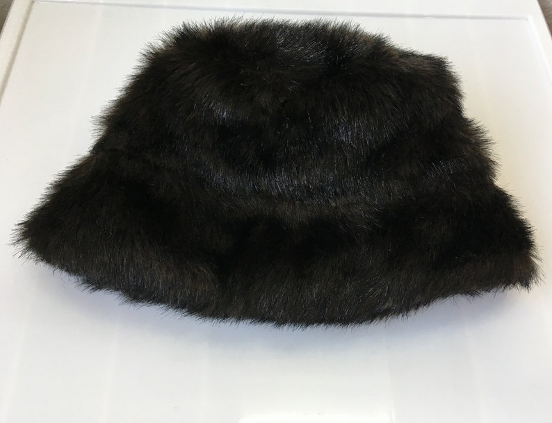 56ab33bad26f2 1990s Faux Fur Bucket Hat    90s Sassy Shiny Brown Furry
