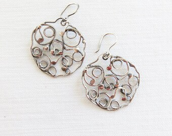 Round Notes Earrings