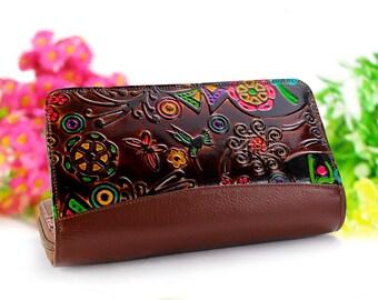 8ff13a2786 Portafoglio donna, portafoglio con cerniera, portafoglio clutch, portafogli  donna in pelle in rilievo e dipinto a mano