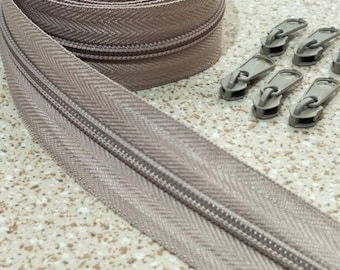3 Yards  Zipper #5 with Free 6 Pulls, Khaki Zipper by the Yard, Zipper # 5, Zipper by the Yard, Bags Accessories.