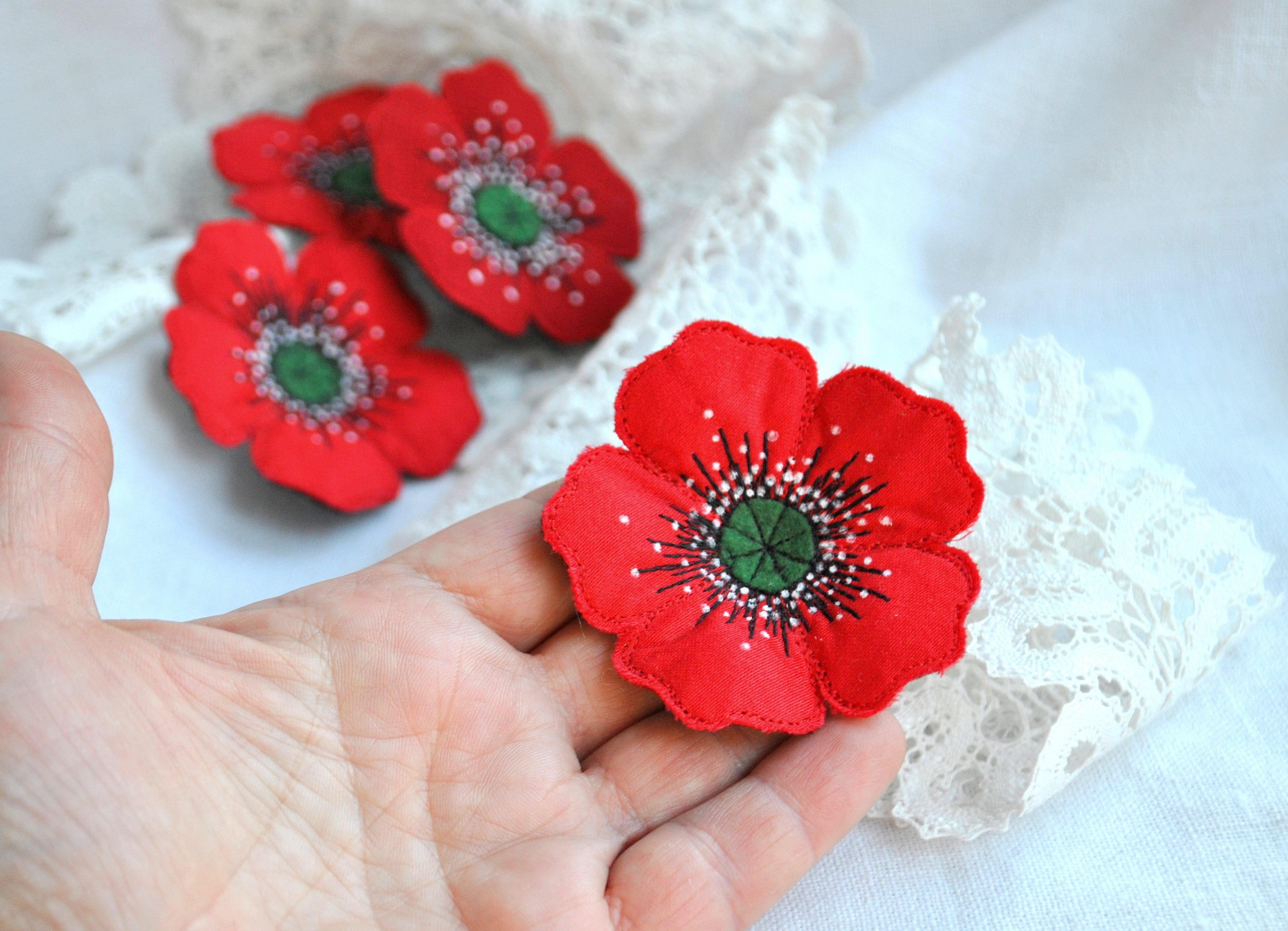 Red poppy textile brooch Fabric flower jewelry Single flower hand made  brooch Machine embroidery poppy brooch Unique textile flower brooch