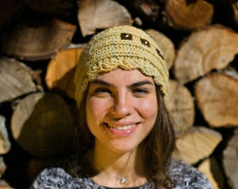 Alpaca climber band for women, yellow wool dyed with vegetables