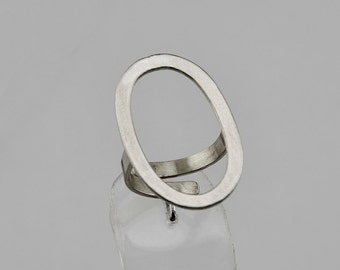 Sterling silver open oval ring, large index or middle finger ring, geometric open circle ring