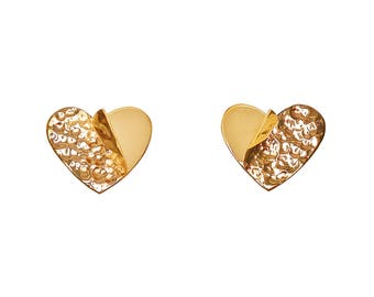 Gold heart stud unique earrings, hammered fancy  jewelry, sweetheart gift under 20