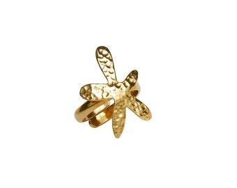 Gold pinky hammered flower ring , adjustable wild flower ring for women, gift for her under 30