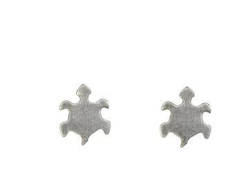 Turtle sterling silver stud earrings, small animal ocean earrings, turtle lover gift under 20