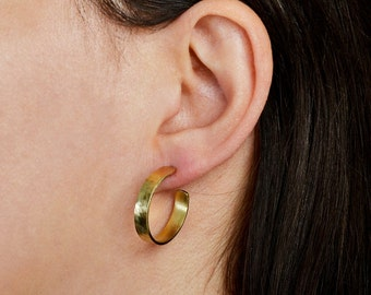 Thin small  hammered hoop earrings, stud gold  or silver circle earrings, women minimal stud hoops, brass handmade rings
