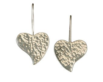 Sterling silver heart earrings, dangle hearts, silver dop hearts, hammered silver earrings, silver heart jewelry, romantic gift
