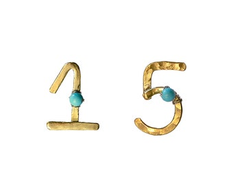 Gold or silver personalized stud number earrings, custom birthday quinceanera stud earrings, two digits brass or sterling post earrings